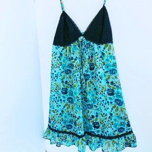 NWOT Ambrielle Floral Nightgown Chemise